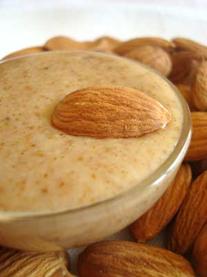 sp-almond-butter